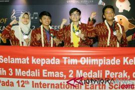 Siswa Indonesia boyong tiga emas di olimpiade sains internasional