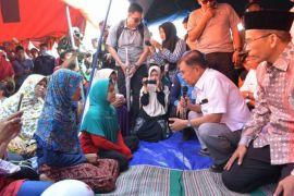 Wapres JK bangkitkan semangat korban gempa Lombok