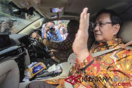 Prabowo sambangi rumah SBY