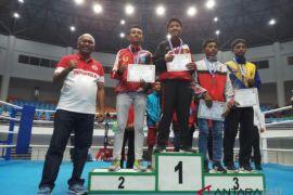 Petinju Denpasar Anggito sukses sabet medali perak