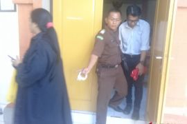 Jaksa Denpasar tuntut warga Malaysia 2,5 tahun