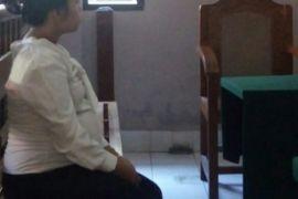 Wanita hamil edarkan kokain di Denpasar diadili