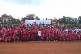 Coca-Cola Amatil Indonesia gali bakat pemain dan pelatih muda melalui Coke Kicks Bali 2018