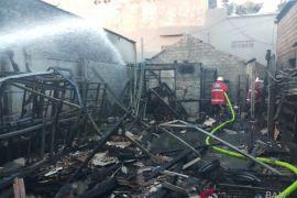 Kebakaran bengkel di Denpasar akibatkan satu korban luka bakar