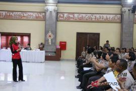 50 Pewira Polda Bali digembleng  revolusi mental