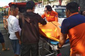 Wisatawan tewas tabrak trotoar di Pecatu-Bali