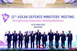 Menhan Ryamizard hadiri pertemuan Menhan ASEAN di Singapura