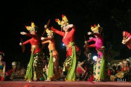 Suksma dan Smansa hibur penonton Bali Mandara Nawanatya