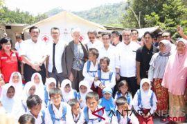 Pertemuan IMF diselingi aksi solidaritas korban bencana
