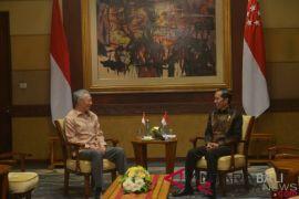 Presiden Jokowi bertemu PM Lee di Bali tindak lanjuti kerja sama