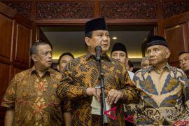 Tim Pembela Demokrasi laporkan Prabowo-Fadli ke Bareskrim