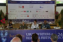 Beberapa pengamat asing bicara Indonesia kini
