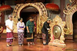 Wagub : Penyuluh bahasa Bali tingkatkan pemahaman Lontar