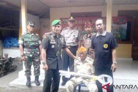 Kodim Karangasem serahkan bantuan RTLH kepada veteran Srinada
