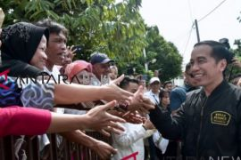 Jokowi: pembiayaan usaha mikro akan ditingkatkan