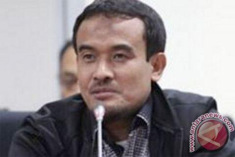 Anggota DPR soroti kemudahan bagi pekerja asing