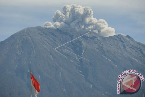 Mount Agung's Volcanic Activity May Decrease: PVMBG