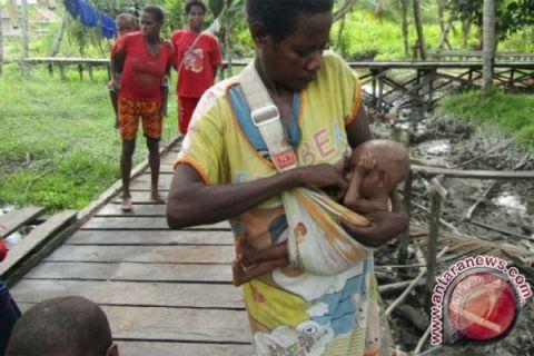 Tim Satgas evakuasi penderita gizi buruk dan campak ke ibu kota Asmat