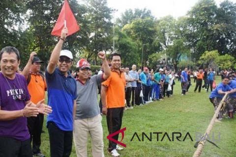 Meriahkan HUT Denpasar, pegawai ikut lomba tarik tambang