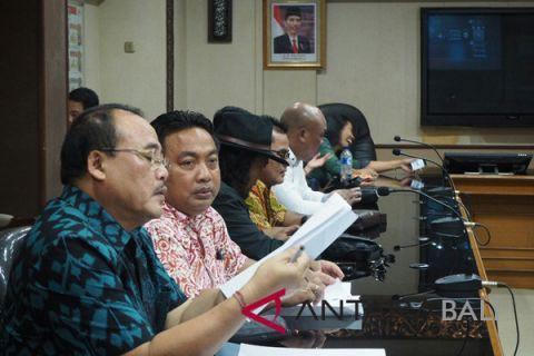 DPRD Bali : kendaraan pelat luar bali perlu ditertibkan