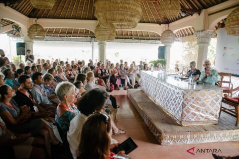 UWRF hadirkan 160 pegiat seni sastra mancanegara