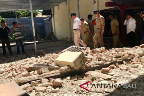 Mendikbud sambangi sekolah Lombok Timur terdampak gempa