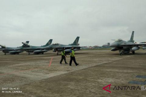 Setelah latihan di Australia, pesawat F16 tiba di Bali