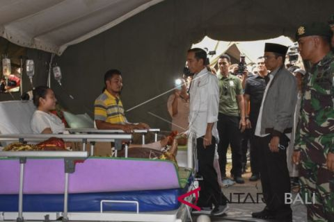Jokowi kunjungi korban gempa