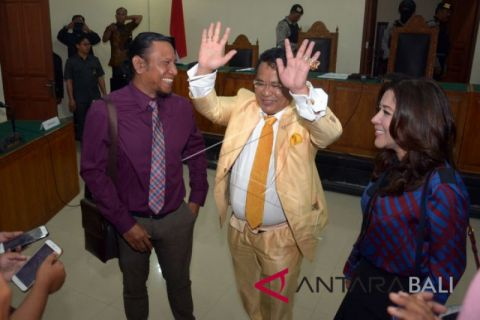 PTUN Denpasar tolak gugatan warga Celukan Bawang
