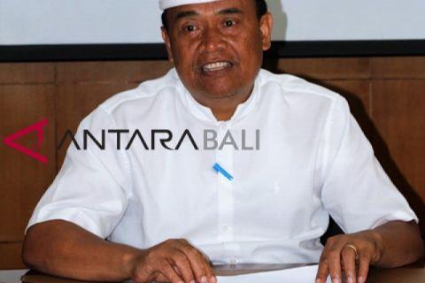 Bupati Bangli tunda penerimaan PNS 2018