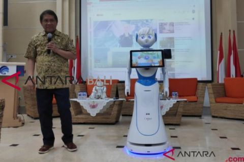 Puri Robotics distribusikan robot pelayanan di Indonesia
