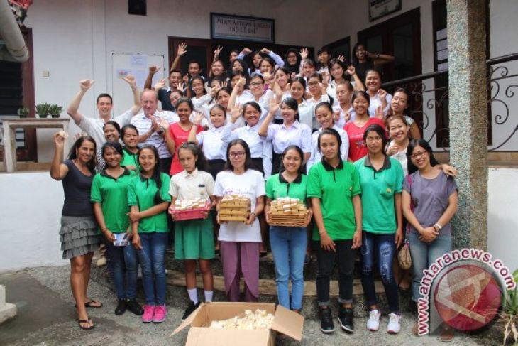 Anantara Uluwatu Resort Kerja Sama Role Foundation Olah Limbah Sabun