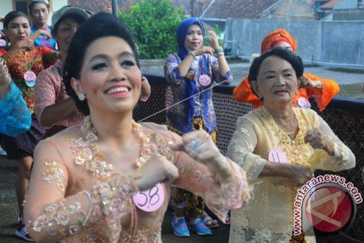 Pelajar Badung rayakan Hari Kartini