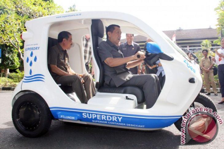 DPRD Badung Kembalikan 29 Mobil Dinas