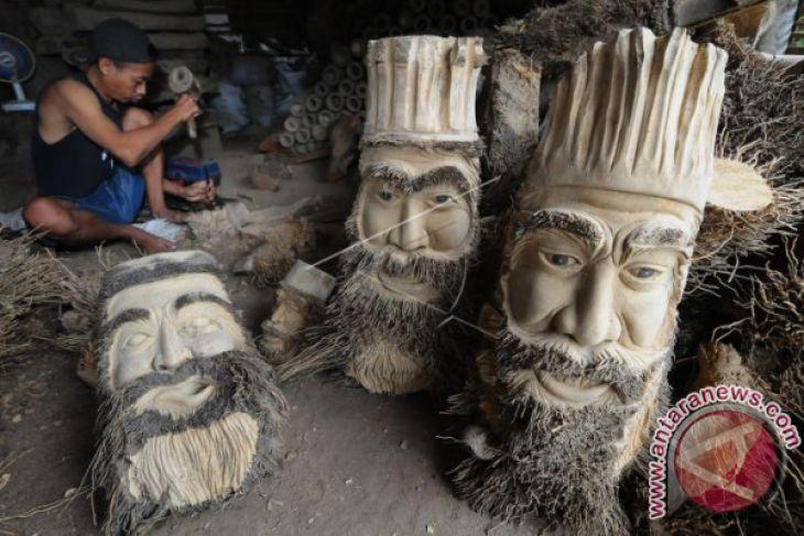Kerajinan Akar Bambu Ekspor