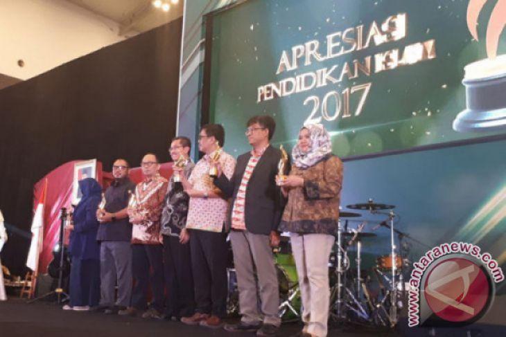 ANTARA Peroleh Penghargaan Apresiasi Pendidikan Islam 2017