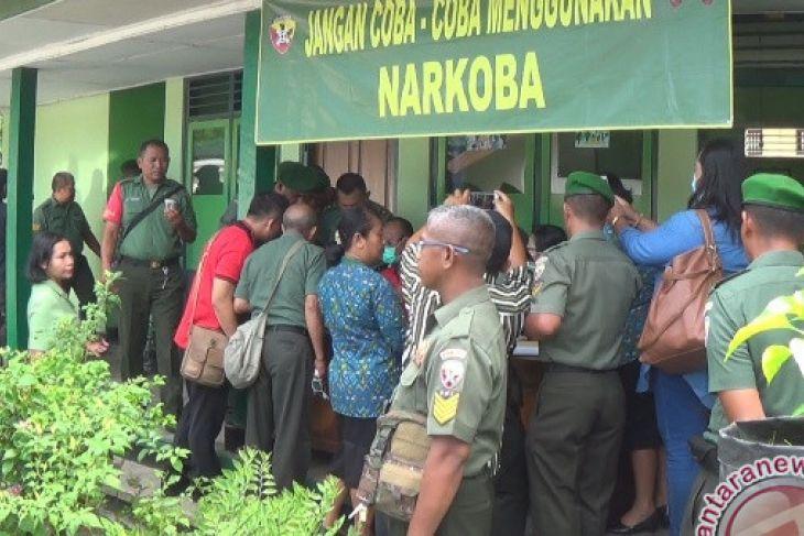 Ratusan Anggota Kodim Jembrana Lakukan Tes Narkoba