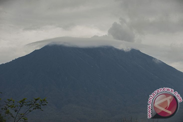 PVMBG: status Gunung Agung turun ke siaga