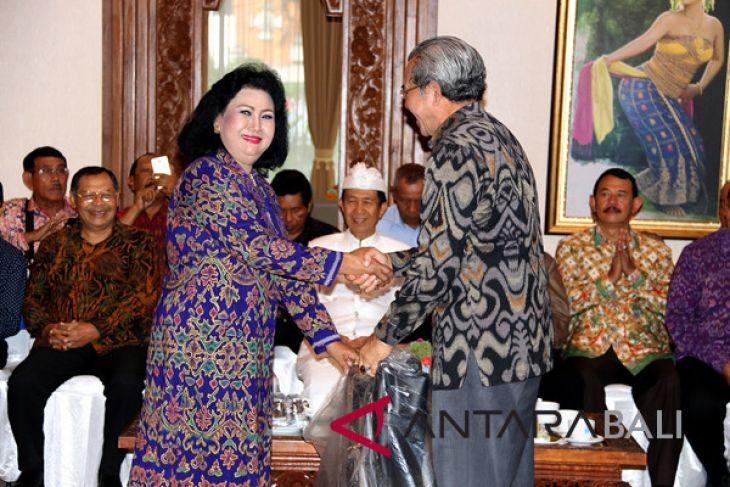 BK3S Bali bantu kursi roda anggota PP Polri