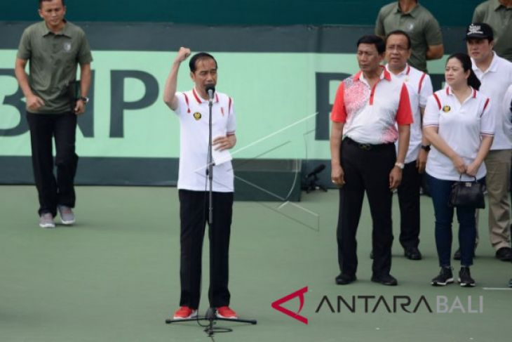 Presiden Jokowi resmikan lapangan tenis GBK