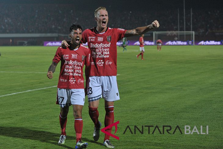 Bali United taklukkan Persipura 2-0 (video)