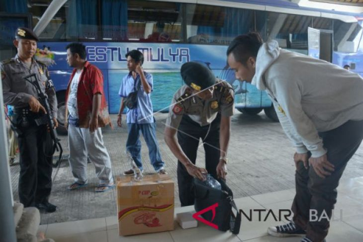 Pemeriksaan Pintu Masuk Bali