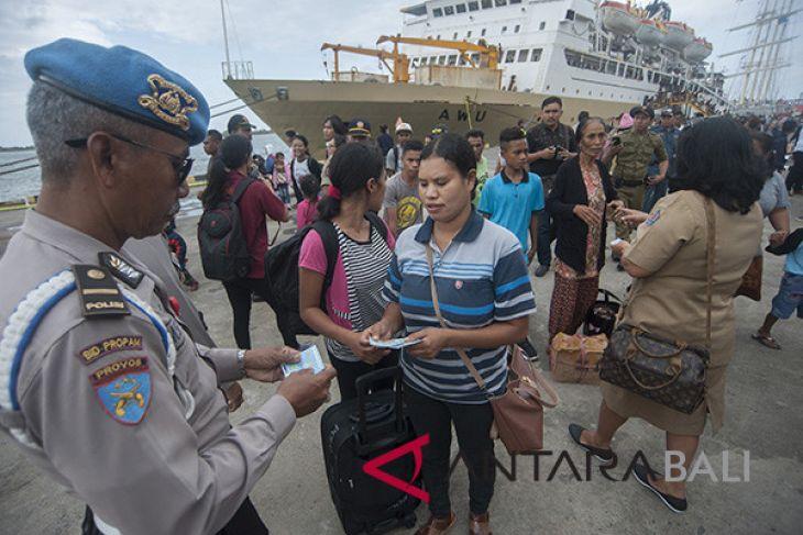 Tim gabungan sidak pendatang di Pelabuhan Benoa
