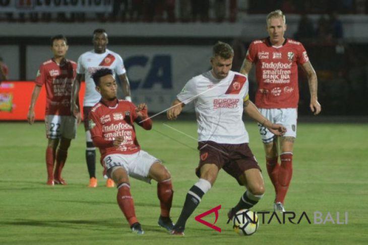 Bali United menang atas PSM Makassar 2-0 (video)