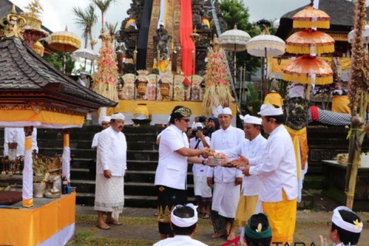 Bupati Badung ikuti ritual