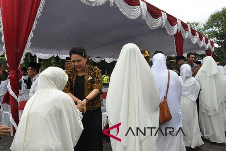 Bupati Tabanan lepas keberangkatan 42 calon haji