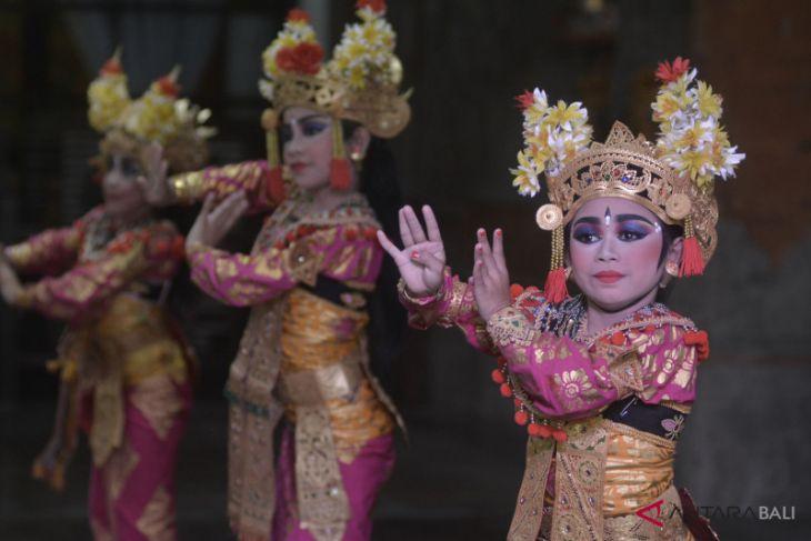 Pegiat budaya-diaspora galang dana pemugaran Puri Kerambitan