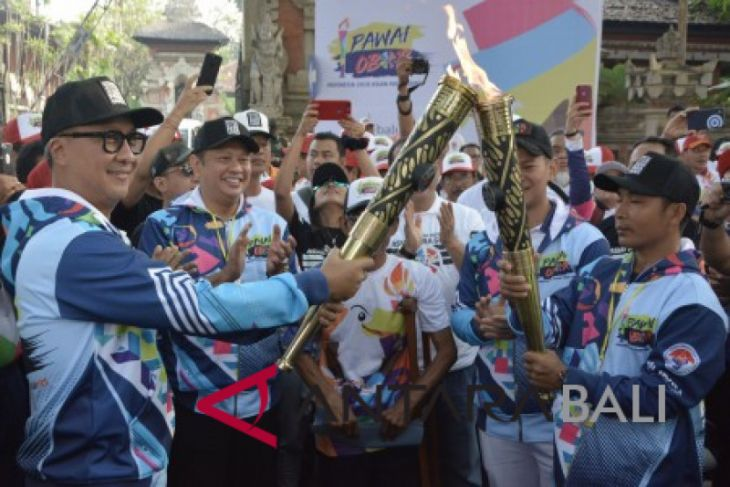 Foto - Pawai Obor Asian Para Games 2018