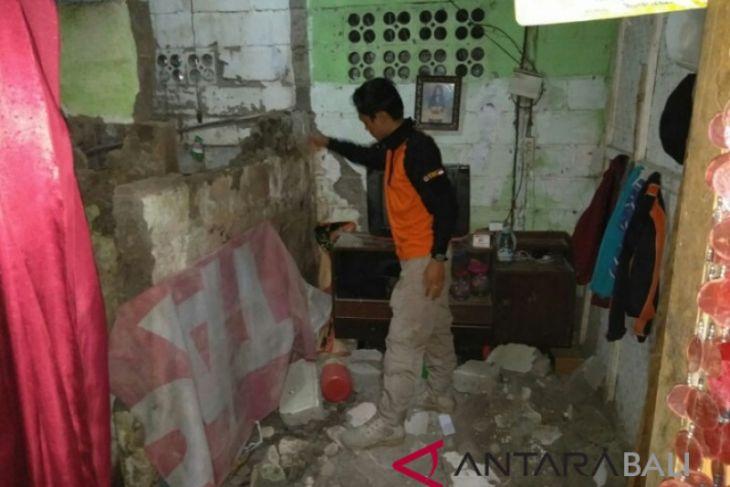 Sejumlah rumah warga Jembrana rusak akibat gempa
