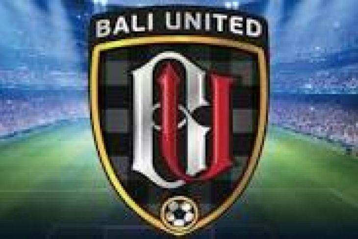 Bali United buka outlet